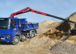 Transport travaux public - Transport camion 8x4 benne - Semi remorque benne