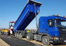 Transport travaux public - Transport camion 8x4 benne - Semi remorque benne