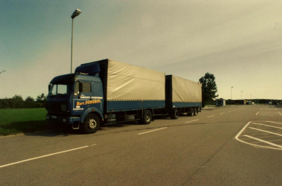Transport camion double remorque